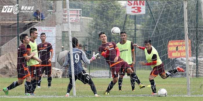 Với màn trình diễn này, Michal Nguyễn khó lòng trụ lại tuyển Việt Nam. Việc không giao tiếp được bằng tiếng Việt cũng là điểm bất lợi của hậu vệ Việt kiều.