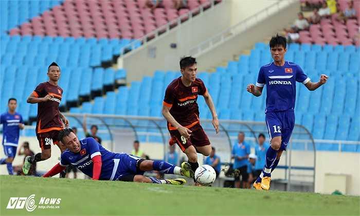Tình huống Công Vinh vượt qua cả Michal Nguyễn lẫn Tiến Thành để ghi bàn thắng thứ 2 cho tuyển Việt Nam