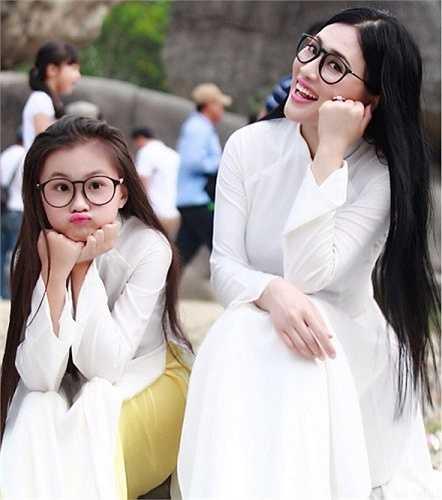 Hiện tại, chị Đinh Thu Hạnh đang làm giảng viên, kiêm PGĐ tại một Trung tâm đào tạo nhân lực có tiếng ở Hà Nội.