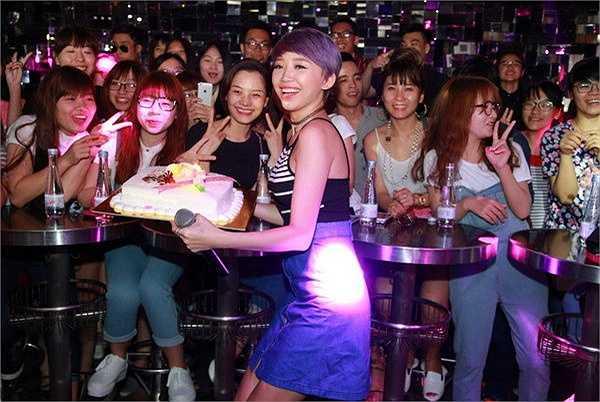 Đây là dịp gặp gỡ, cảm ơn những khán giả ủng hộ teamV trong suốt cuộc thi The Remix.