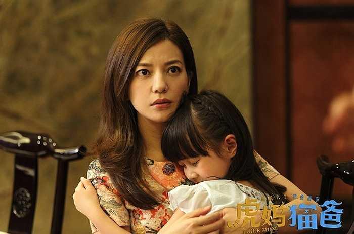 Tuy nhiên, điều này cũng xuất phát từ tình yêu của cô dành cho con quá lớn và mong con thành công trong tương lai.
