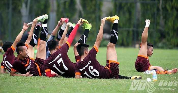 Buổi tập sáng nay của U23 Việt Nam, theo quan sát, cũng không hề nặng (Ảnh: Quang Minh)