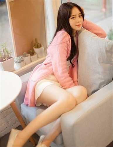 Nhiều người nhận xét Hi Viện xinh đẹp, trong trẻo không kém gì các hot girl số một Trung Quốc hay cô bé trà sữa Chương Chiết Thiên.