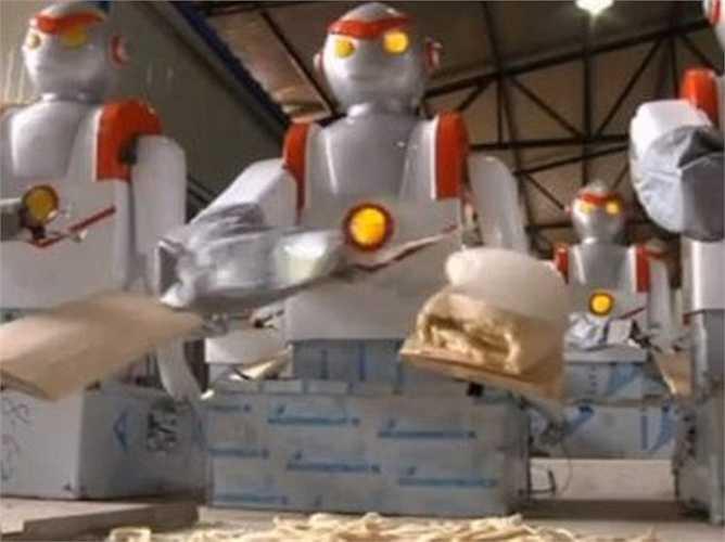 Đầu bếp: Một robot có tên Foxbot 'chém mì' ở tỉnh Sơn Tây Bắc, Trung Quốc có thể nấu những món phức tạp trong 30 phút và bày chúng lên đĩa. Foxbot có thể nấu ăn với tốc độ nhanh hơn so với người nào và có thể tự động làm sạch.