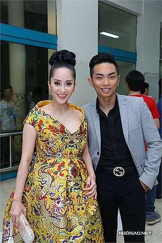 Chưa một lần chính thức xác nhận, nhưng những tình cảm của Khánh Thi - Phan Hiển khiến nhiều người ngưỡng mộ và nể phục.