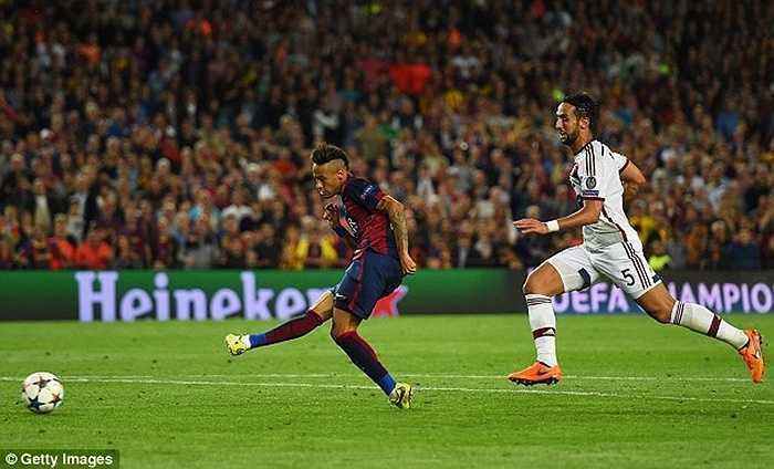 Cùng với Neymar và Messi, tam tấu M.S.N trở thành bộ ba được đánh giá cao nhất trong số 4 lần đi đến trận chung kết của Barca
