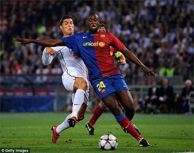 Đội hình Barca năm ấy cũng rất đồng đều với Dani Alves, Puyol, Yaya Toure, Henry, và đặc biệt là Messi, Eto'o
