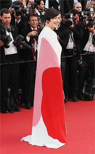 Nữ diễn viên người Ý Isabella Rossellini, nổi tiếng với các phim Blue Velvet và Death Becomes Her.
