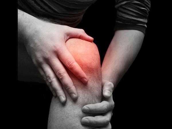 Bệnh gout: Một trong những vấn đề phổ biến nhất với những người giảm cân đột ngột là sự gia tăng độ cid uric trong máu dẫn đến bệnh gout.