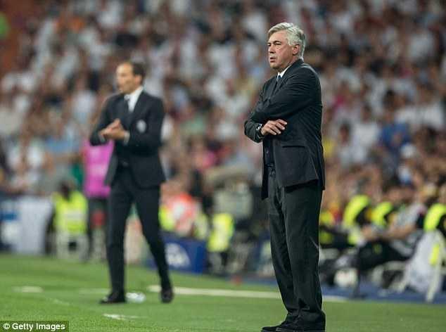 HLV Carlo Ancelotti có thể bị sa thải bất cứ lúc nào
