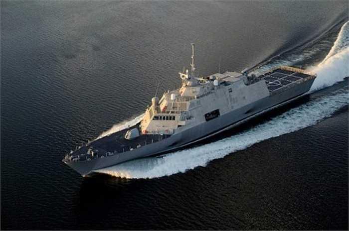 Tuy nhiên, Trung Quốc đã điều tàu khu trục trang bị tên lửa dẫn đường Yancheng (Diêm Thành) tới áp sát