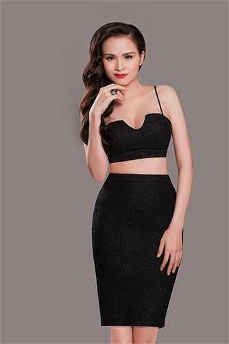 Tên tuổi của Hoa hậu Thế giới người Việt 2010 - Diễm Hương càng được quan tâm hơn khi dính đến lùm xùm tình cảm với chồng đại gia