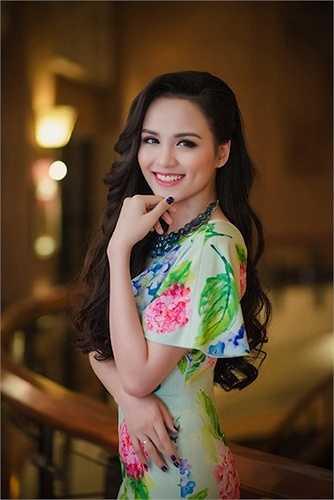 Hiện tại, Diễm Hương đang rất hài lòng với tổ ấm nhỏ với sự xuất hiện của quý tử đầu lòng