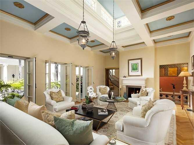 Gần đây, chủ nhân của ngôi nhà đã sửa chữa và nâng cấp rất nhiều, mang lại vẻ đẹp sang trọng cho nó
