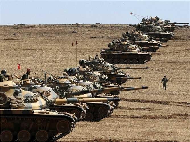 Thổ Nhĩ Kỳ. Số binh lính: 411.000 Số tiền chi cho quân sự: 18 tỷ USD. Ngân sách quân sự của Thổ Nhĩ Kỳ đã tăng lên khi họ nhận thấy nguy cơ đang cận kề đến từ việc xâm chiếm của Nhà nước Hồi giáo tự xưng IS