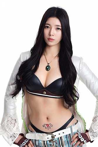 Yoo Seung Ok nổi tiếng nhờ sở hữu hình thể đẹp không chê vào đâu được