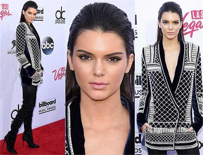 Người mẫu Kendall Jenner, 19 tuổi.