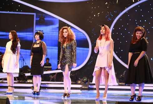 Top 5 nữ Vietnam Idol 2015.