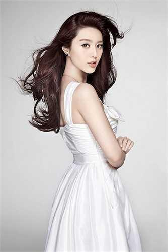 Phạm Băng Băng từng lọt vào Top 9 mỹ nhân châu Á có gương mặt đẹp nhất.