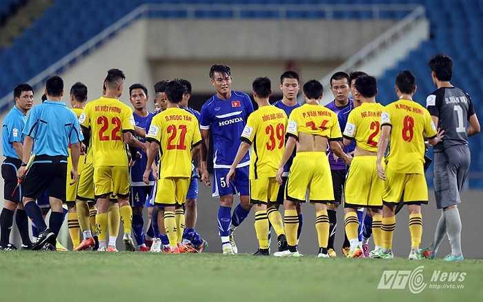 U23 Việt Nam có trận đấu tập với Hải Phòng trên sân Mỹ Đình. (Ảnh: Quang Minh)