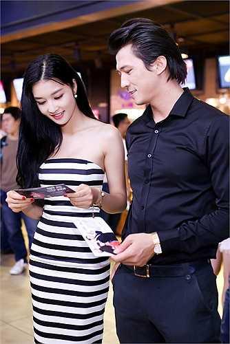 Được biết, đây là bạn diễn của Triệu Thị Hà trong phim mới.