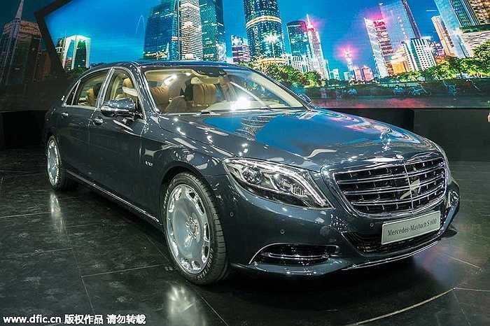 9. Mercedes-Benz Maybach S600: 2.888.000 tệ (hơn 10 tỷ đồng)