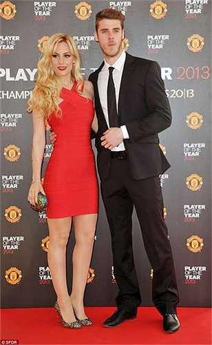 Trong buổi phỏng vấn gần nhất trên kênh Spanish TV, ca sĩ Edurne Garcia đã phủ nhận việc cô xúi giục De Gea rờ Man Utd.