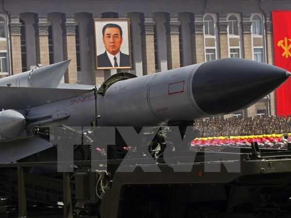 Tên lửa đất đối không SA-5 của Triều Tiên