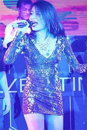 Từ khi thay đổi sang phong cách sexy, con đường ca hát của Hoàng Thùy Linh cũng tiến nhanh chóng.