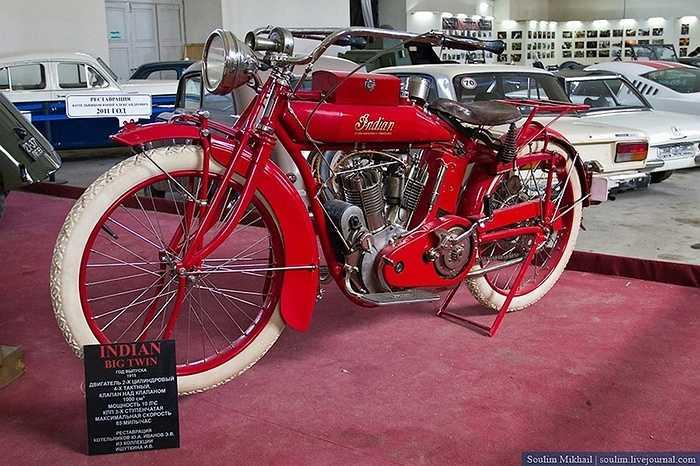Chủ nhân bộ sưu tập cất công tìm mua những chiếc mô tô trên khắp châu Âu, chủ yếu là các đời xe trước năm 1945.