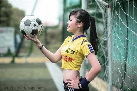 Vừa qua, cô bạn cũng tham dự một cuộc thi của Hội Đồng Hương Nghệ An tại Hà Nội và đạt giải Nhất.