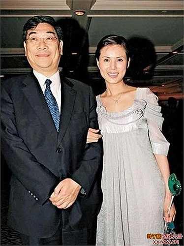 Chuyện tình cảm của Lý Nhược Đồng khá khúc khuỷu, cô và bạn trai là doanh nhân Quách Ứng Tuyền sau 10 năm bên nhau nhưng không đến được với nhau vì nhiều lý do. Đến nay, Lý Nhược Đồng vẫn sống độc thân và cô cũng đã tái xuất màn ảnh nhỏ qua một vài dự án phim của đài TVB.