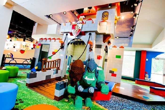Một góc của khu vui chơi dành cho các vị khách nhí.