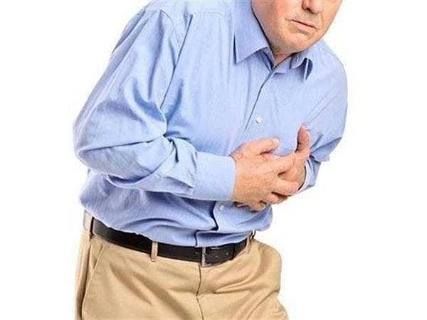 Đột quỵ xảy ra khi việc cung cấp máu cho não ngưng hoặc bị hạn chế. Nếu lưu lượng máu lên não bị ngừng lại sẽ gây tổn thương vĩnh viễn cho não, có thể dẫn đến cái chết tức thời cho người bệnh khi trải qua một cơn đột quỵ