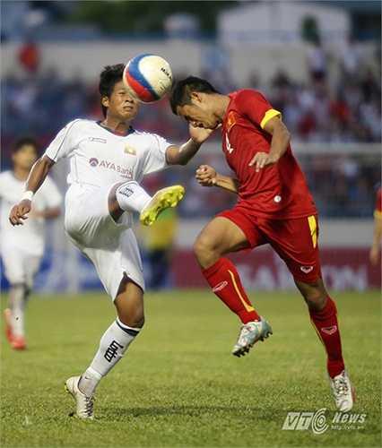 Lần thứ 2 bị dẫn bàn, Myanmar lại dồn lên bám đuổi