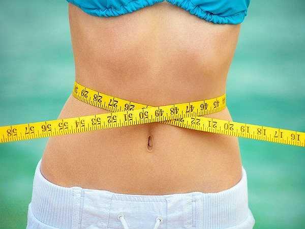 Hỗ trợ giảm cân: Nghiên cứu đã chỉ ra rằng ăn sô cô la đen có thể hỗ trợ giảm cân hiệu quả. Những người ăn sô cô la có ít nguy cơ mắc béo phì.