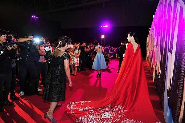 Đây cũng là kế hoạch để chuẩn bị cho tương lai của Á hậu Trà Giang khi cô đang khá mát tay với thương hiệu thời trang riêng GGM.