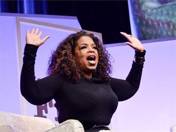 Cô liên tục công việc này trong 2 năm và được Bà hoàng truyền thông Oprah Winfrey ca ngợi trên truyền hình