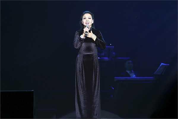 Lần thứ 3 danh ca Khánh Ly trở lại Việt Nam, cụ thể là Hà Nội, nhưng sức hút của nữ danh ca vẫn chưa bao giờ giảm sút.