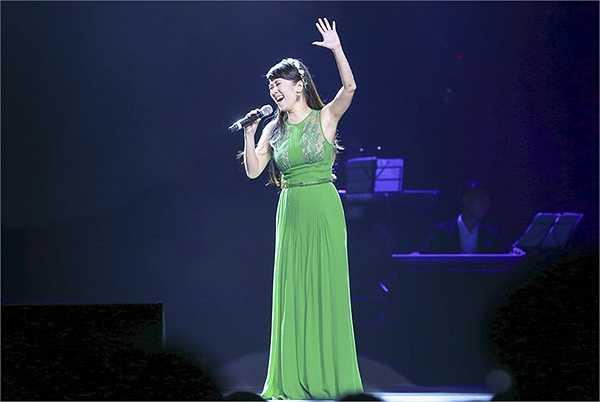 Đây cũng chính là 2 ca khúc đã làm nên tên tuổi của Hồng Nhung trong dòng nhạc Trịnh suốt nhiều năm qua.
