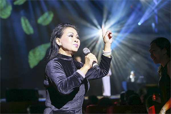 Qua những câu chuyện, lời kể của ca sĩ Khánh Ly, chúng ta dường như nhận ra, sự kết nối, sự sâu sắc trong những suy nghĩ của bà về nhạc sĩ Trịnh Công Sơn chưa có một phút giây ngơi nghỉ. Và suy tư của bà về ông có lẽ sẽ còn kéo dài suốt phần còn lại của cuộc đời.