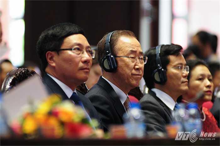 Ông Ban Ki Moon trong Hội nghị đánh giá kết quả 1 năm Việt Nam tham gia hoạt động Gìn giữ hòa bình của Liên Hợp Quốc