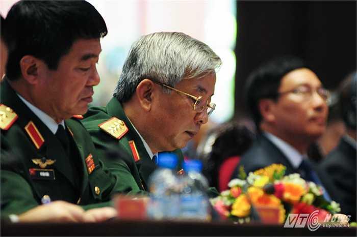 Thượng tướng Nguyễn Chí Vịnh, Thứ trưởng Bộ Quốc phòng trong hội nghị