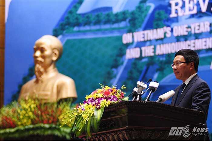 Phó Thủ tướng, Bộ trưởng Ngoại giao Phạm Bình Minh phát biểu trong hội nghị