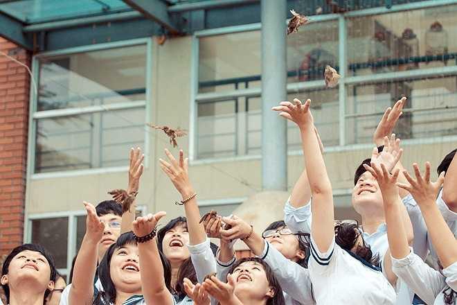Mong muốn của tất cả giáo viên trong trường là được thấy học trò trưởng thành, làm người tốt với trái tim đầy yêu thương.
