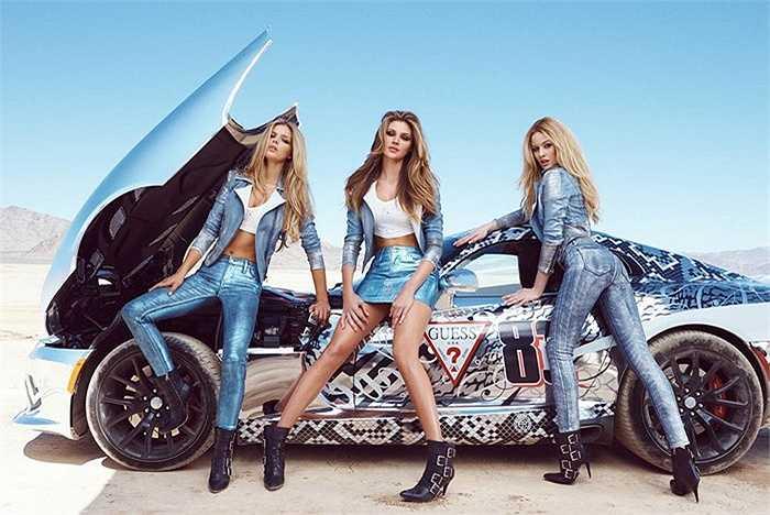 Để tạo nên hình ảnh đặc biệt, tô đậm phong cách, Guess mời nghệ sĩ Tristan Eaton trang trí cho 3 chiếc Dodge SRT Viper trở nên cực kỳ nổi bật với những hoạ tiết ấn tượng.