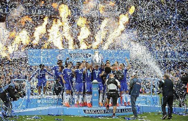 Chiến thắng 3-1 trước Sunderland còn giúp Chelsea lập kỷ lục trở thành đội thua ít nhất trong một mùa giải ở các đấu trường nước Anh mùa này.
