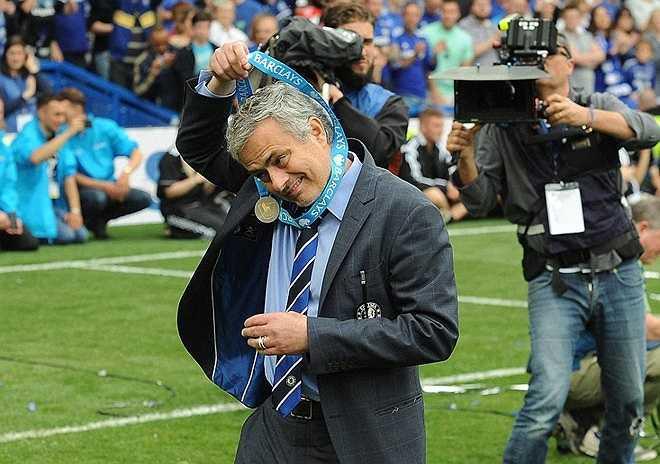 HLV Jose Mourinho cho rằng Chelsea là đội bóng toàn diện và ông hy vọng sẽ cùng với các học trò giành chức vô địch ở mùa giải tới.
