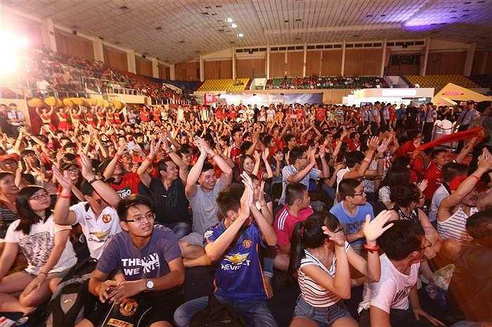 Theo ước tính, có tới hơn 1.000 fan Man Utd tham dự sự kiện 'United: Live in Vietnam'.