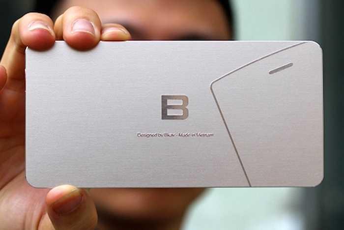 Một tuần qua, thư mời tham dự sự kiện ra mắt Bphone vừa được tập đoàn Bkav gửi đi có hình dáng giống một chiếc smartphone và đã phần nào hé lộ kiểu dáng sản phẩm này.